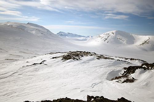 Sollian 1049 moh med utsikt vestover til Trollhetta, Snota og Rindhatten
